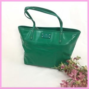 KATE SPADE | GREEN PATENT LEATHER PERFORATED TOTE